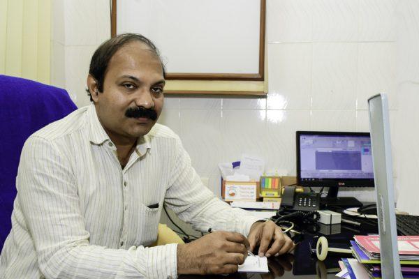 Dr. Prakash M